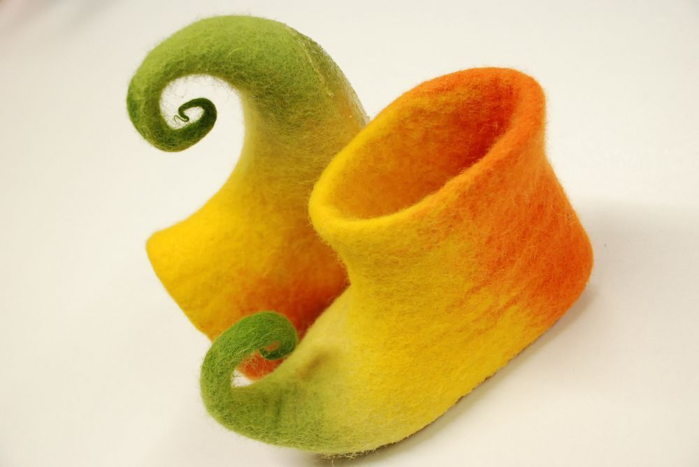 Felted  low boots for kids, custom made by Zave's felt