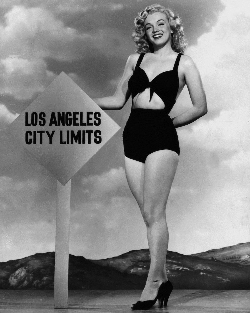 2148b39bfc1 A Visual History Of Marilyn Monroe As A Pin-Up Icon | Marilyn Monroe ...