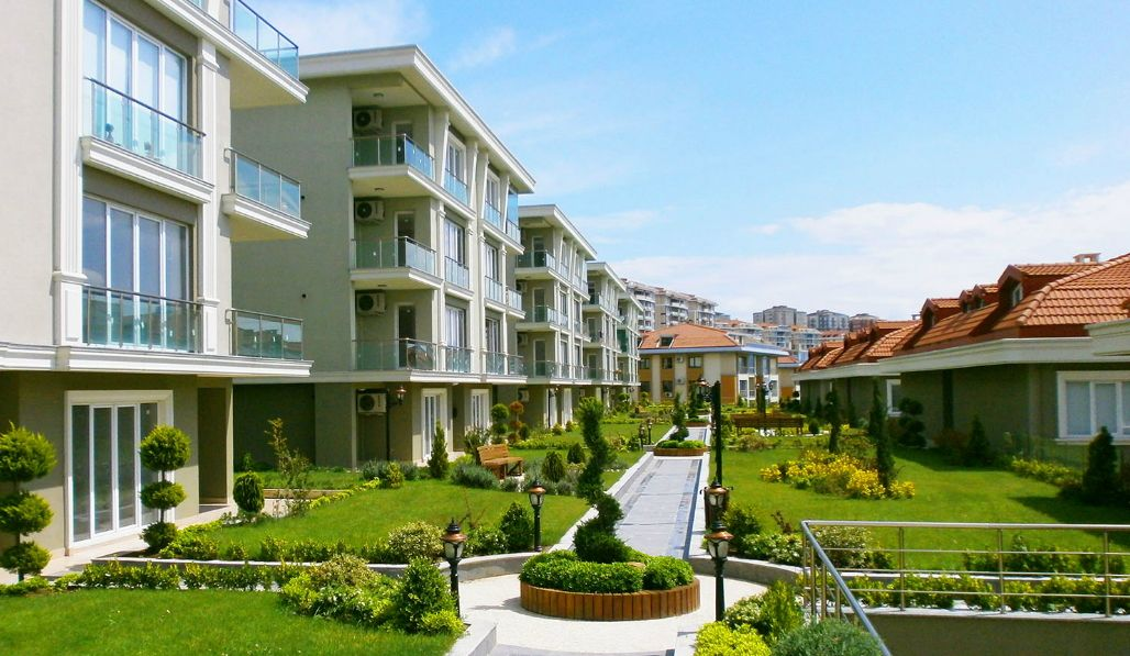 Cool Spacious Flat In Istanbul For Sale Bargain Price Turkey Home Interior And Landscaping Fragforummapetitesourisinfo