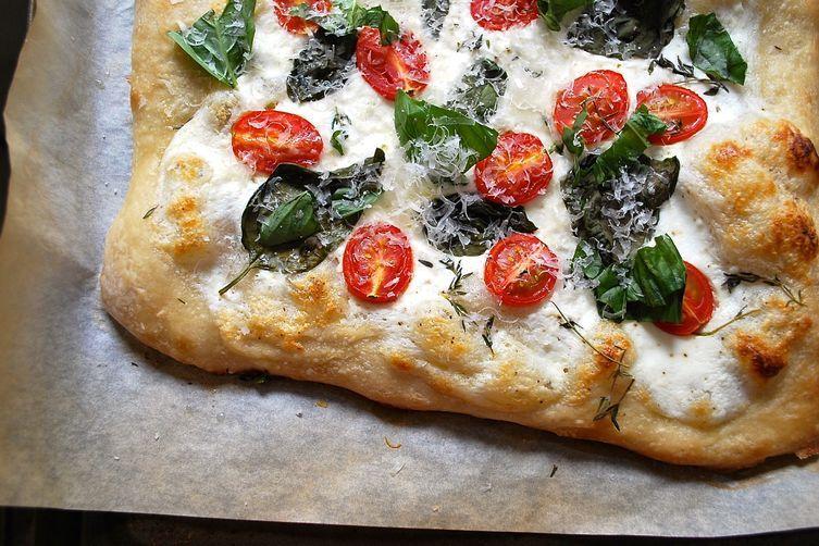 16 Easy Pizza Recipes