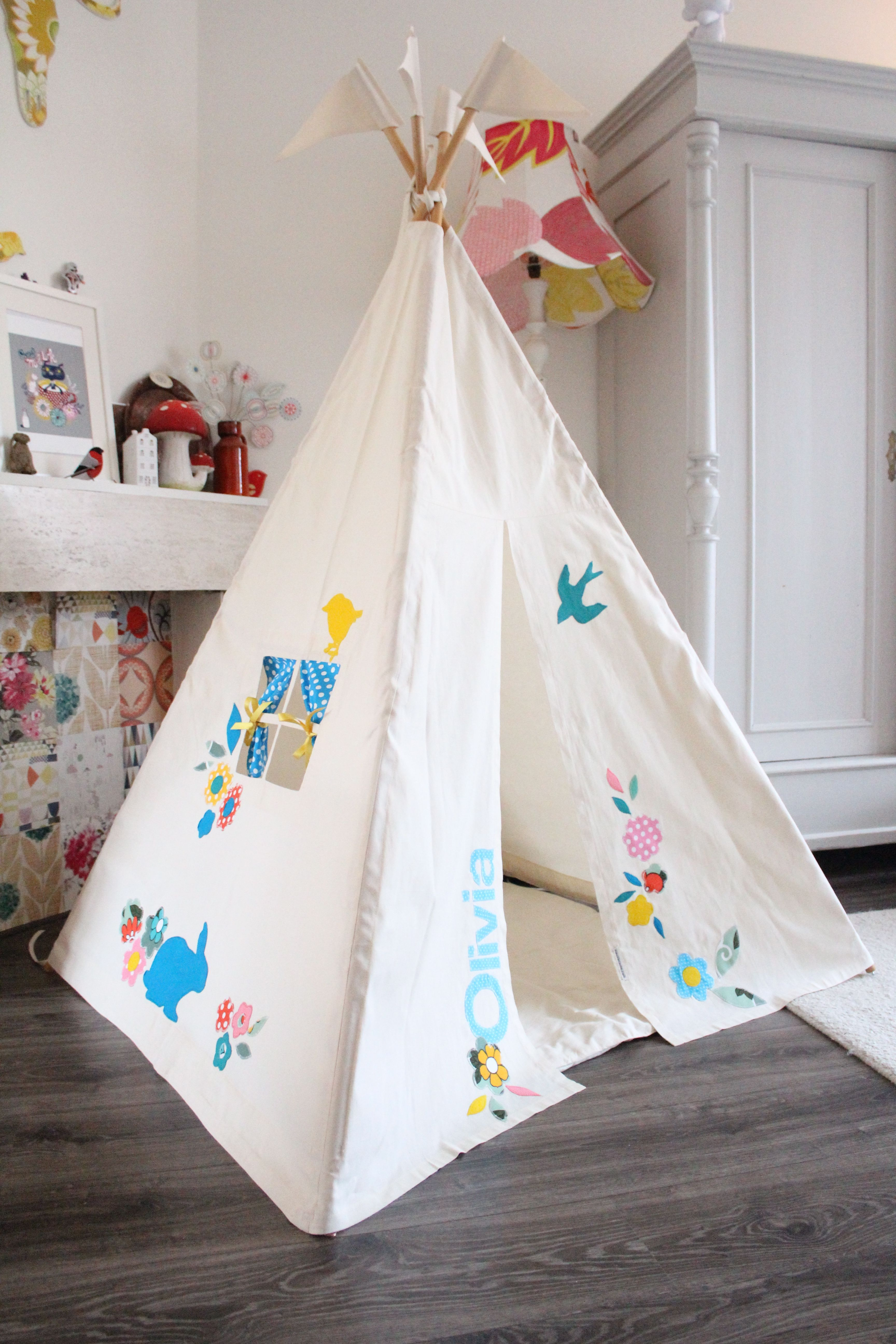 Moozle kids teepee tent MIDI size personalized with a name and
