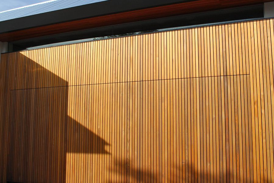 Batten tilt opening garage door & Batten tilt opening garage door | Noosa house | Pinterest | Garage ...