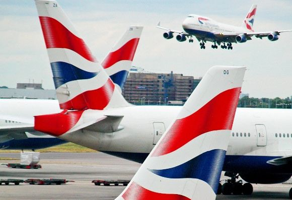 Gatwick Airport And Heathrow Airport News Round Up British Airways Heathrow Airport British Airways Cabin Crew