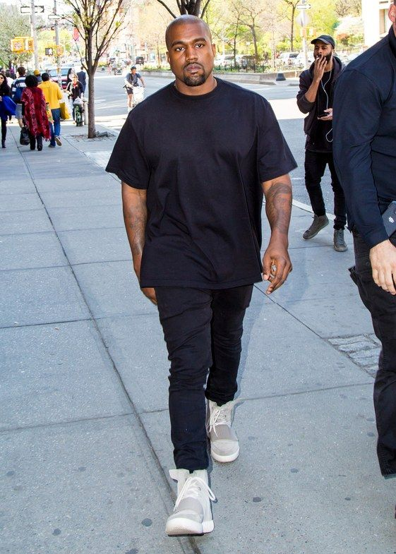 Kanye West Calabasas 2017 02 06 Jogger Outfit Casual Kanye West Adidas Kanye West Outfits