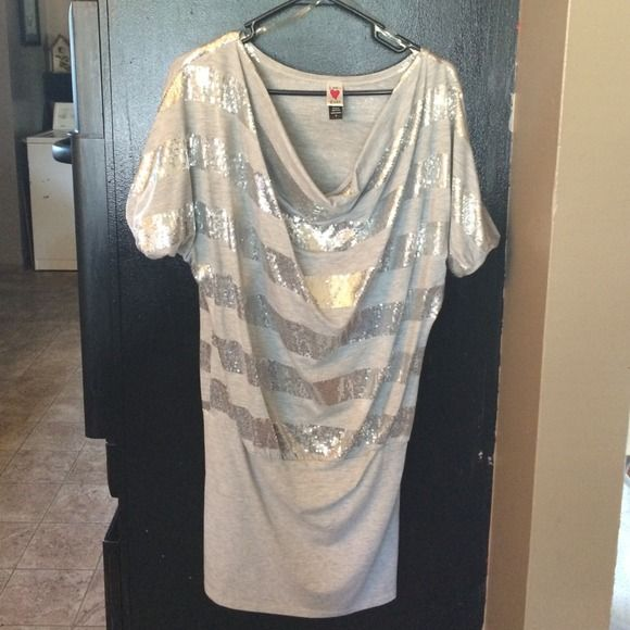 Silver sequined dress Very cute gray and silver dress to small for me Dresses