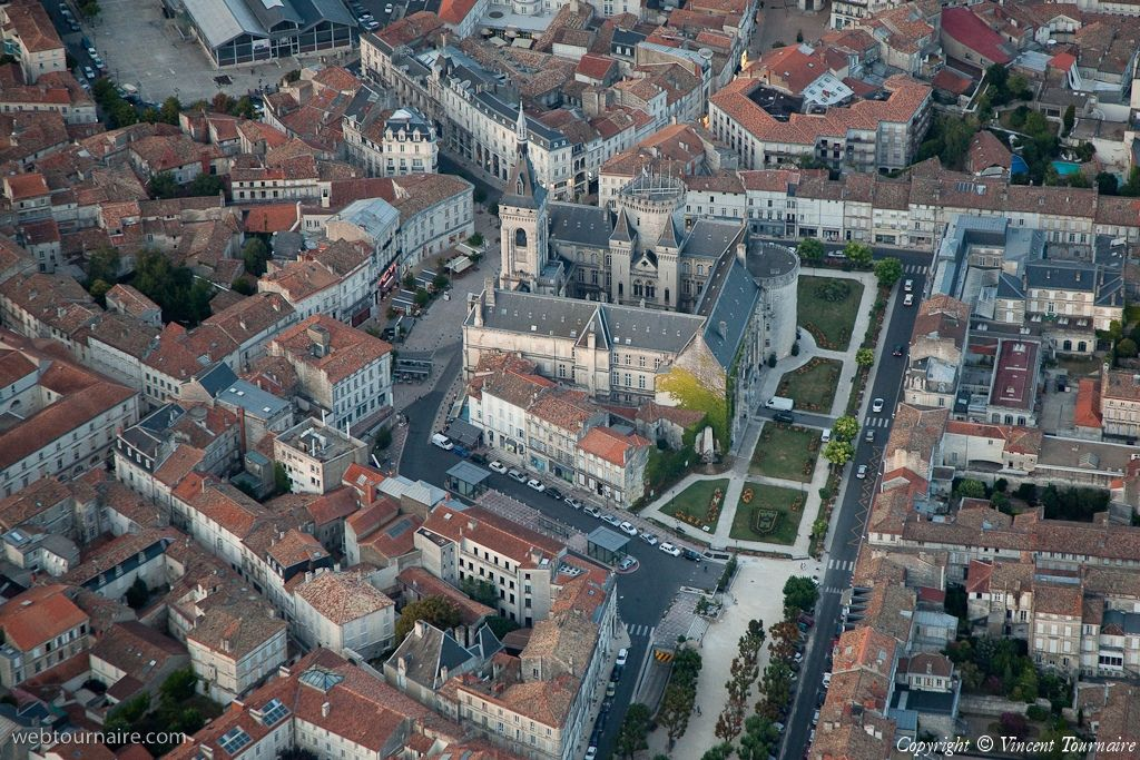 Photo aérienne de : Angoulême - Charente (16)