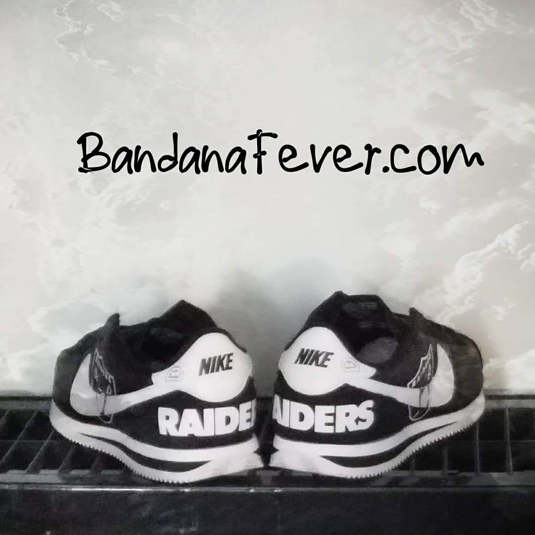 Oakland Raiders Nike Sneakers