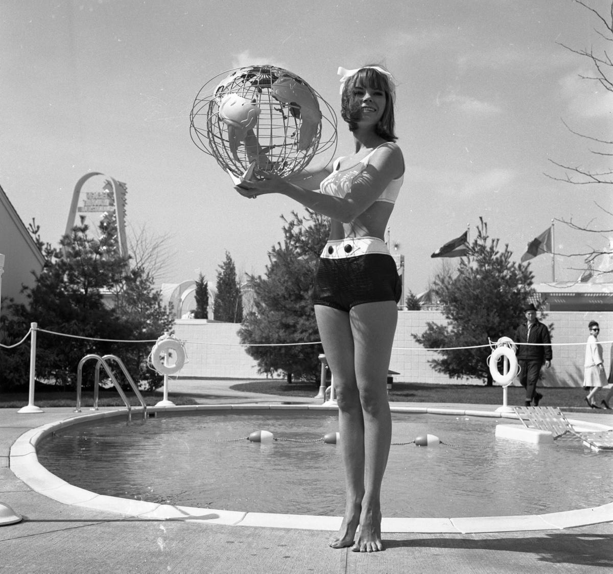 Ladies of the 1964 New York World's Fair - Photos - Ladies ...