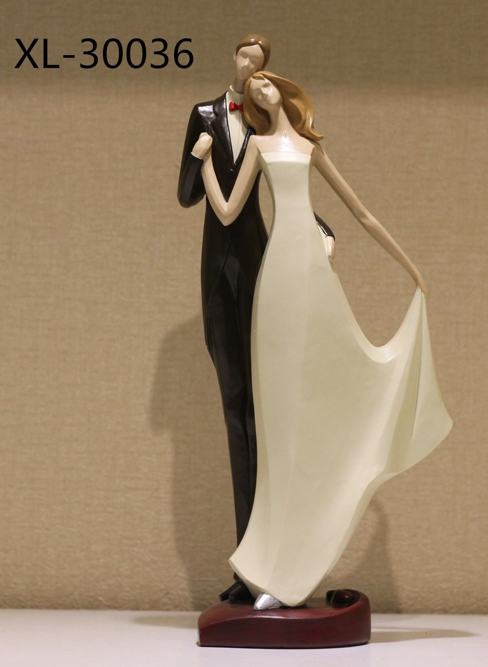 Newly Married Dancing Couple Showpiece And Gift Article Stuff To