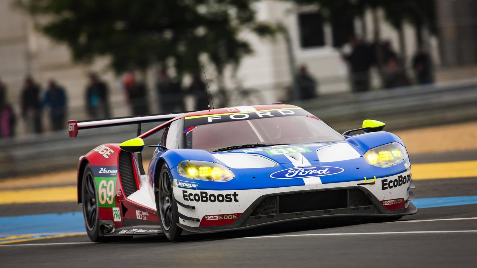 Experience Ford S Historic Le Mans Return As Never Before With Ford Gt Le Mans Ford Classic Cars
