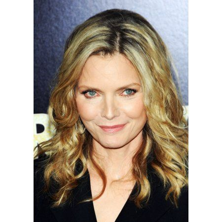 Michelle Pfeiffer At Arrivals For New Years Eve Tribeca Film Institute Benefit Screening Canvas Art 16 X Michelle Pfeiffer Film Institute Michelle