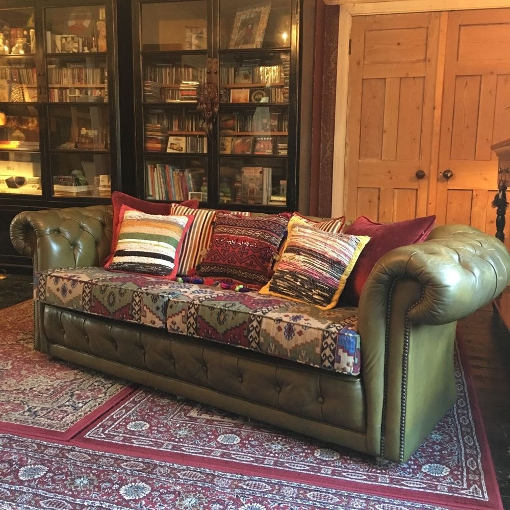 Seater queen anne high back wing sofa uk manufactured antique green - Details About Vintage Boho Green Leather Chesterfield Sofa New Upholstered Aztec Cushions