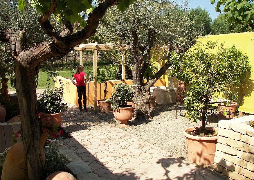 Mediterranean Gardens Ideas Making garden 16 mediterranean garden tips and ideas for creating making garden 16 mediterranean garden tips and ideas for creating garden terraces workwithnaturefo
