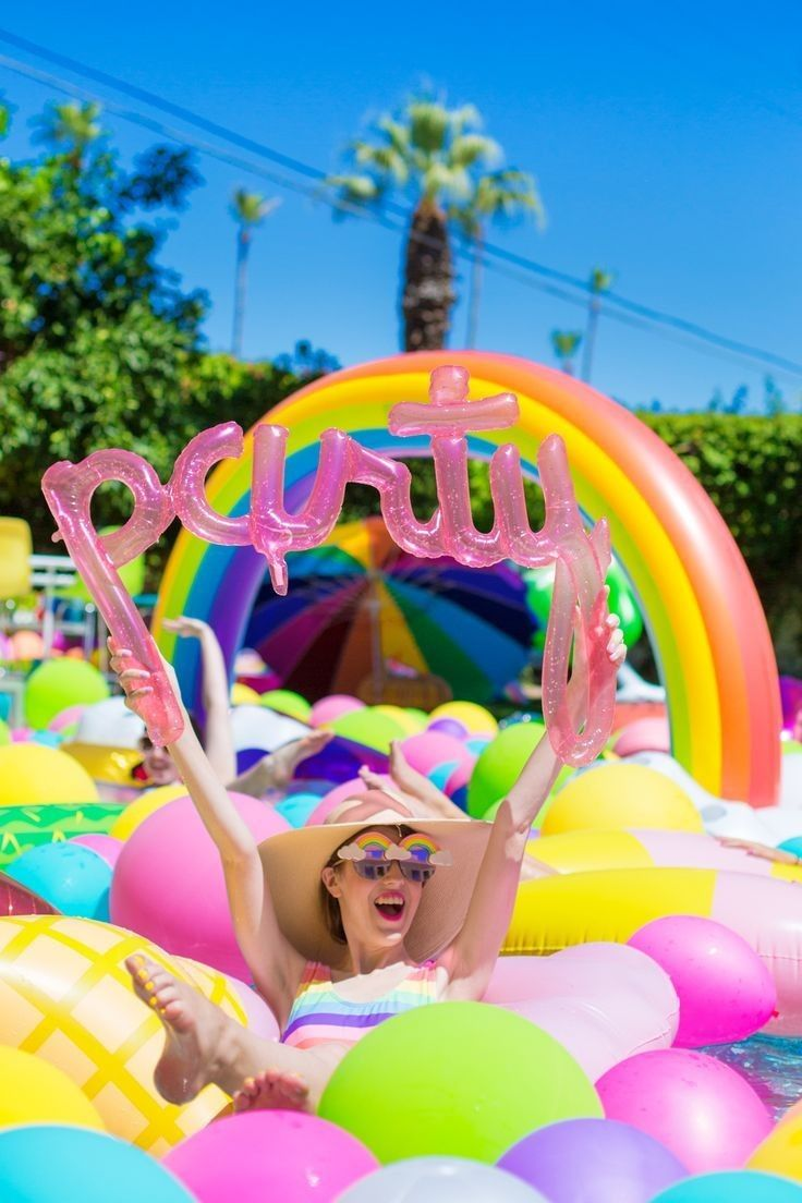 Pin de flash deco en pool party pinterest fiesta for Party in piscina