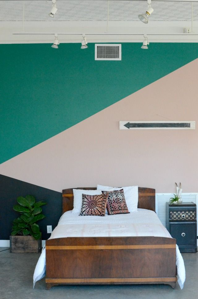 Fun Painted Geometric Wall Using Frogtape Color Schemes