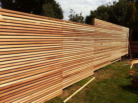 56+ Cheap DIY Fence Ideas for Your Beautiful Garden   Contemporary ...