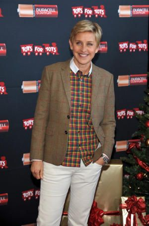 Duracell To Donate Up To 1 Million Batteries To Toys For Tots This Holiday Ellen Degeneres Kanye Children In Need