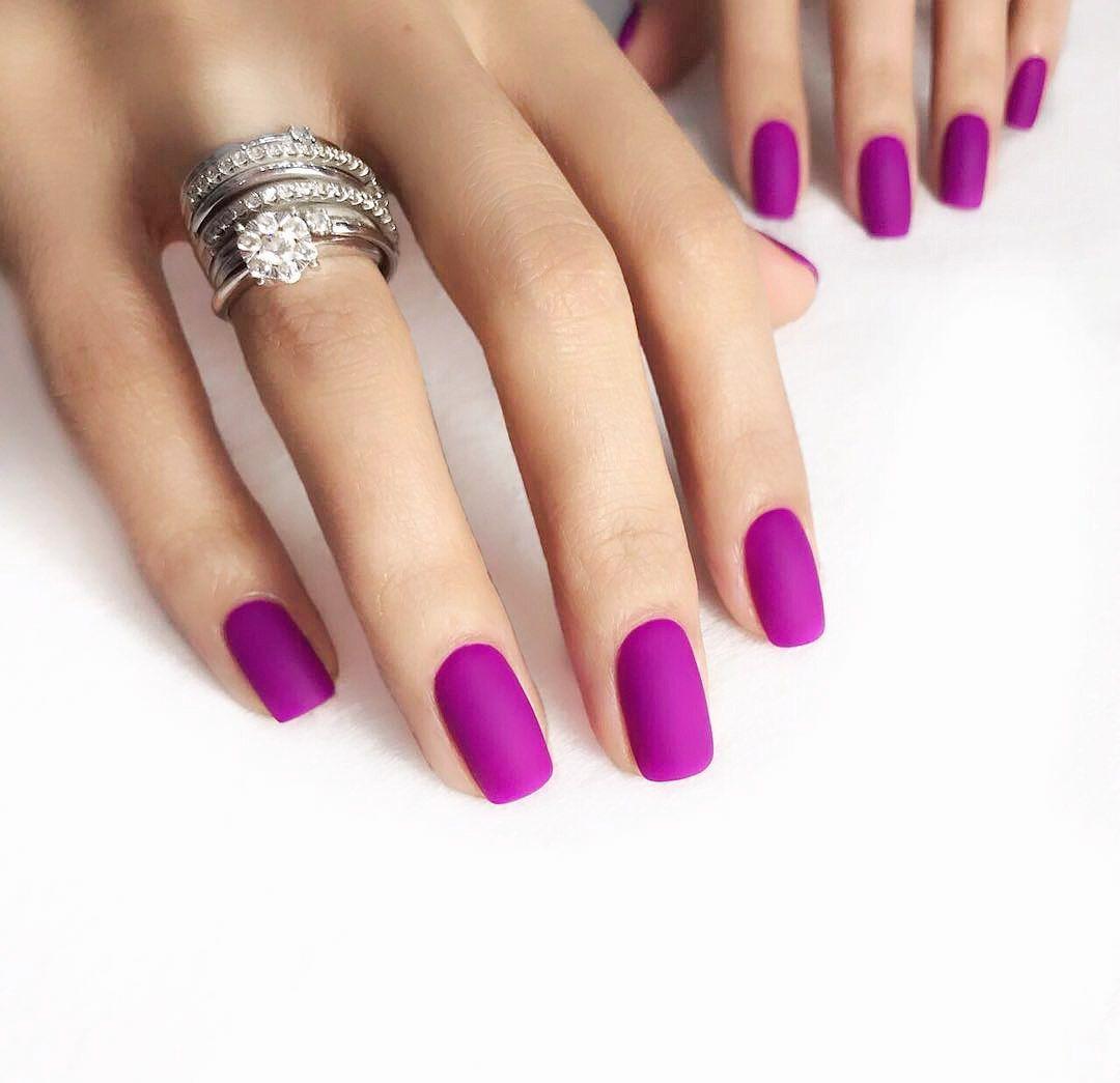 cool nail designs for short nails | Uñas violetas, Uñas ...