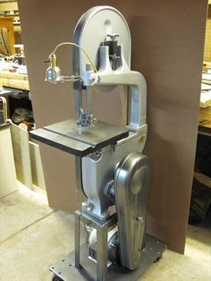 Delta Manufacturing Co Wood Metal Band Saw Dessert