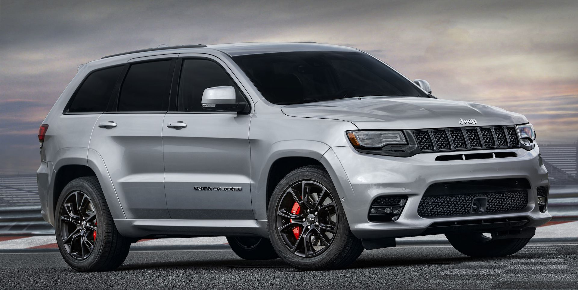 2018 jeep grand cherokee trackhawk the most powerful suv ever produced official release in summer 17 auto news auto world news jeep fans