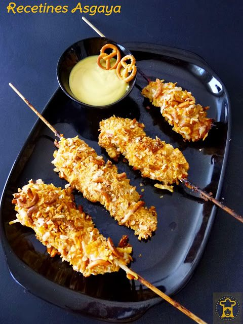 Chicken Skewers With Mustard Sauce With Honey Brochetas De Pollo Con Salsa De Mostaza A La Miel Recetines Brochetas De Pollo Pollo En Salsa Recetas De Comida