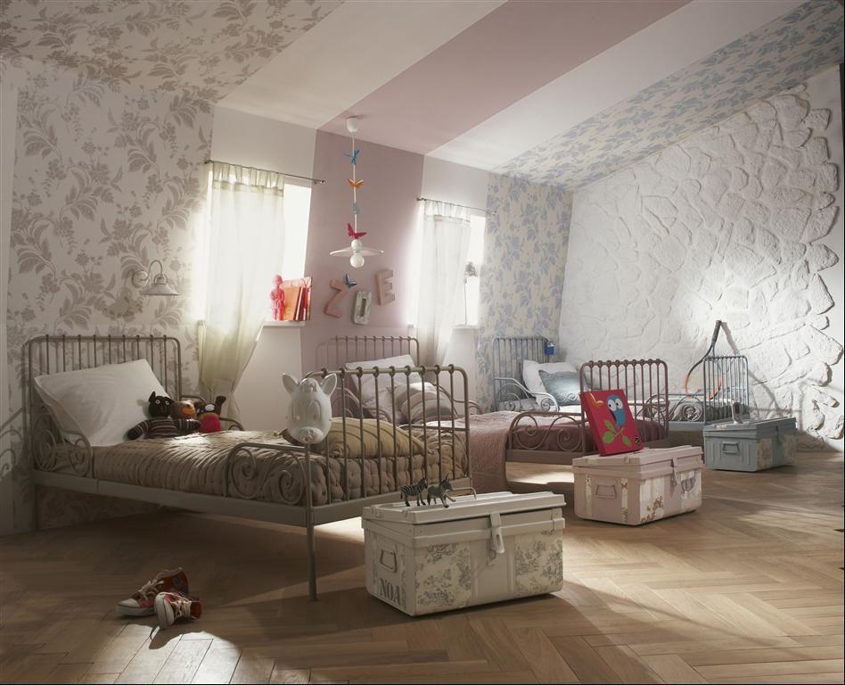 un dortoir pour les amis des enfants, les petits enfants ...