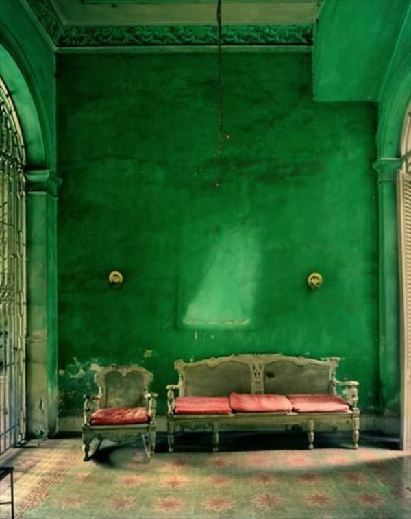 Dark Green Wall Paint Idea For Living Room With Country Style Furniture