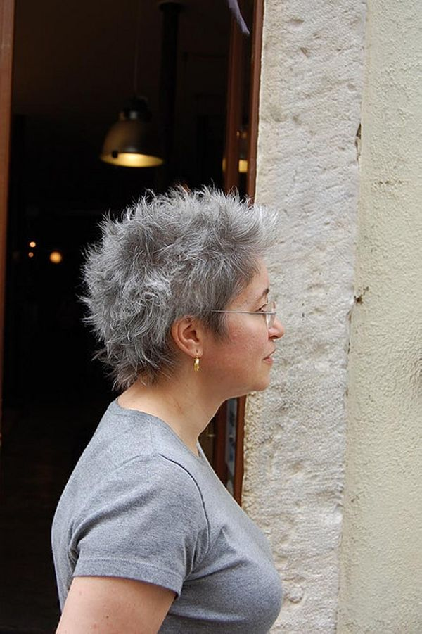 30 Fascinating Hairstyle For Old Aged Ladies Short Grey