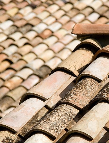 Roof Tiles Provenance Spainmaterial Antique Terra Cotta Look Also For Other Sources In Salvage Genuine Ant Roof Tiles Terracotta Roof Terracotta Roof Tiles