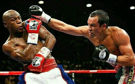 Floyd Mayweather  vs  Juan Dinamita Marguez