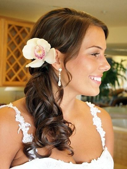 Simple Side Ponytail Hairstyles For Weddings