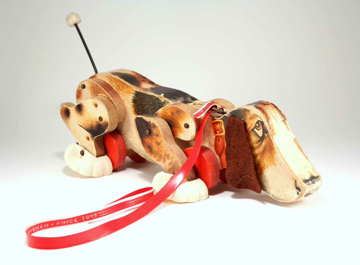 vintage fisher price snoopy dog pull toy children pinterest vintage fisher price pull toy. Black Bedroom Furniture Sets. Home Design Ideas