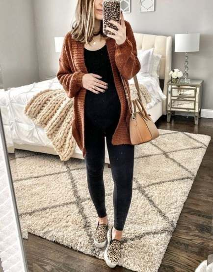 A Cool Way to Wear a Sweater Dress While Pregnant