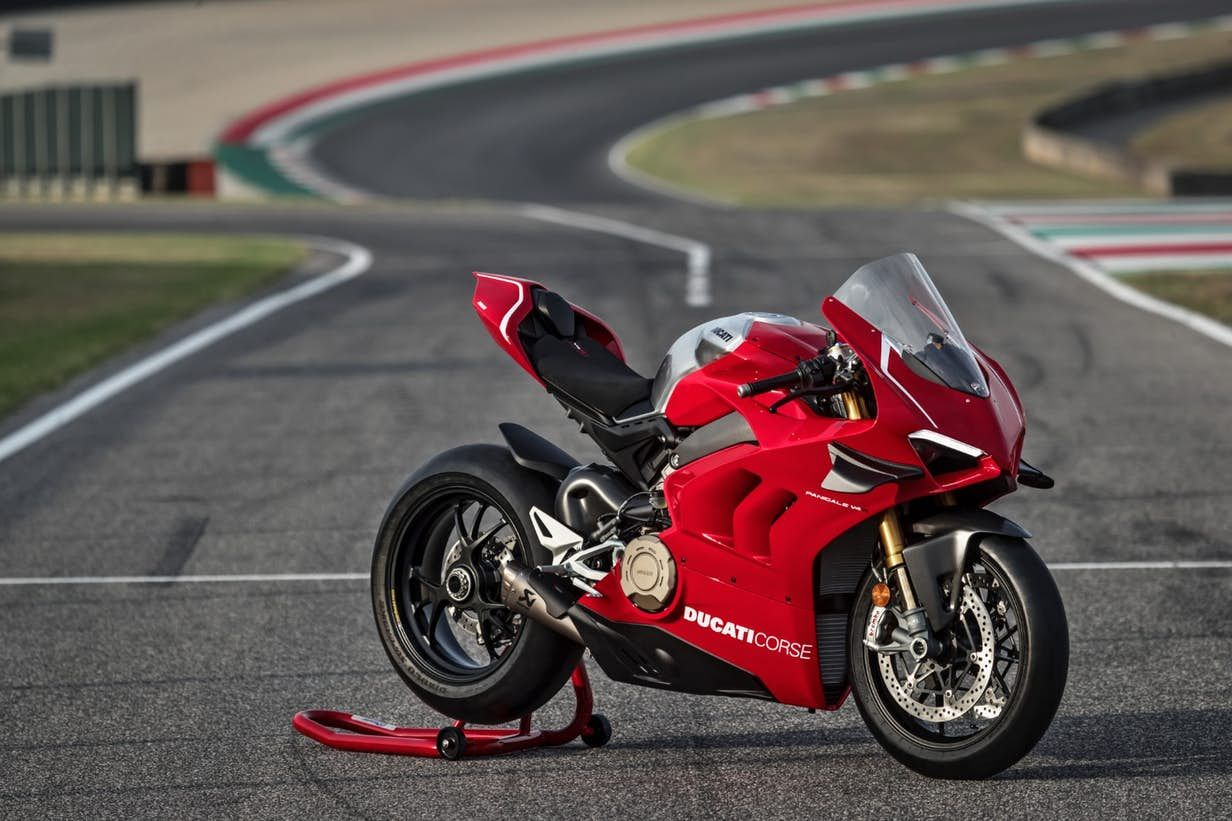 Hail To The King Ducati S New Panigale V4r Is The Most Powerful Production Bike In History Ducati Panigale Panigale Ducati