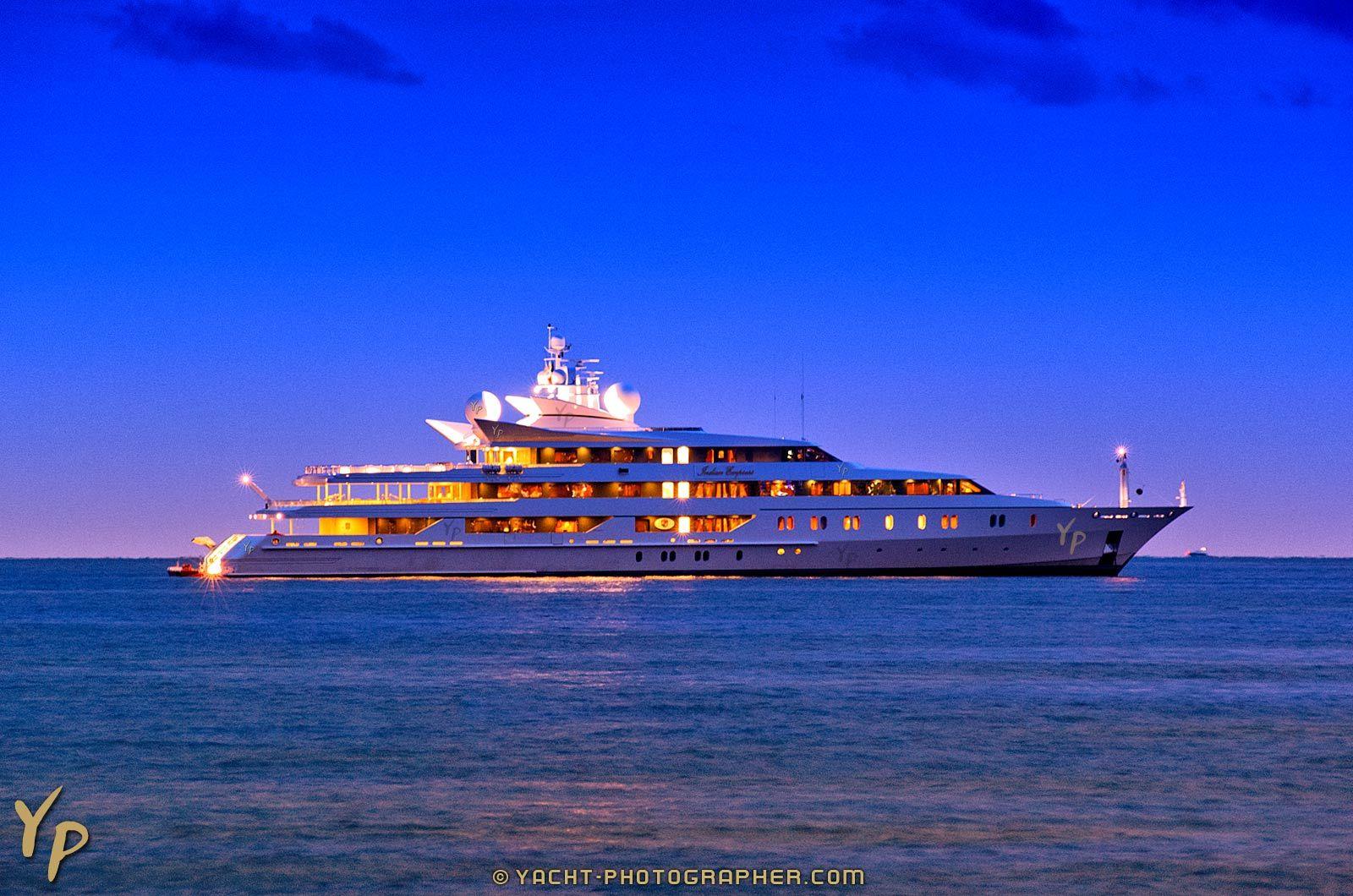 Yachts At Night beautiful yachts at ni...