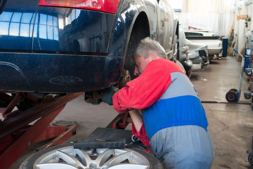 The Truth about Auto Repairs When you car breaks down or you are - auto mechanic job description