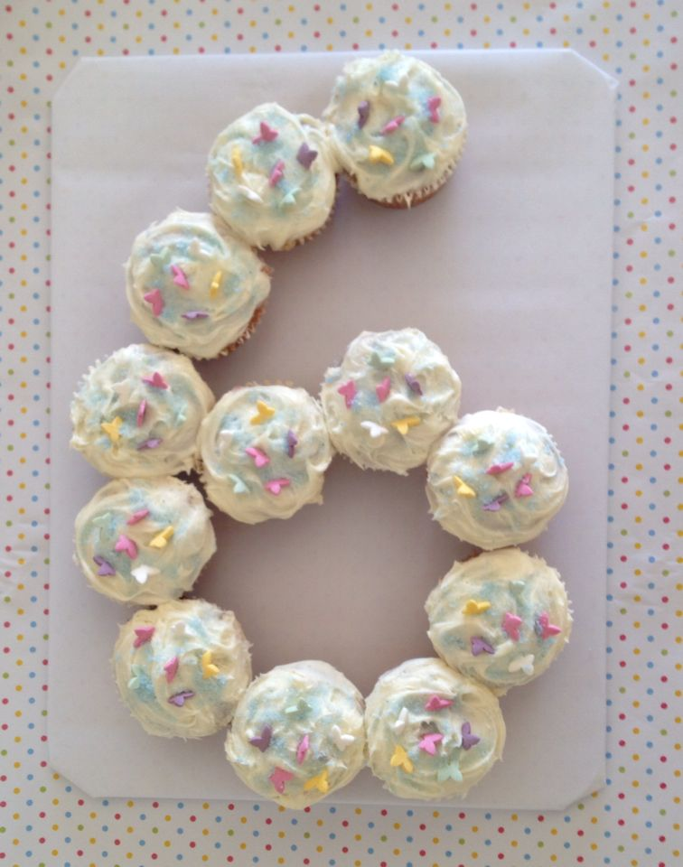 Birthday cupcakes with sugar butterflies decoration for 6
