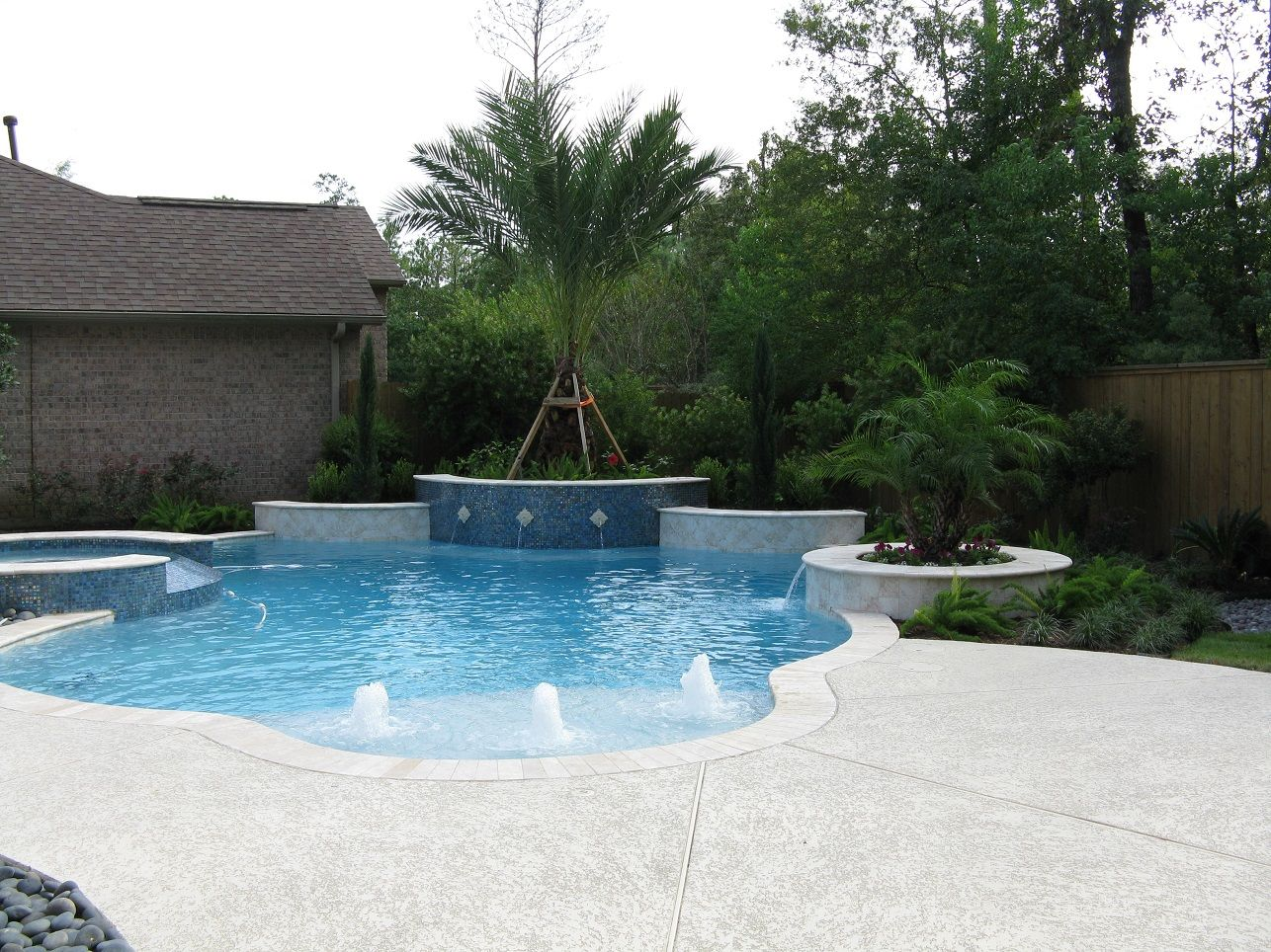 Get Perfect Ideas For Building Your Luxury Swimming #pool Within Your  Budget. Http: