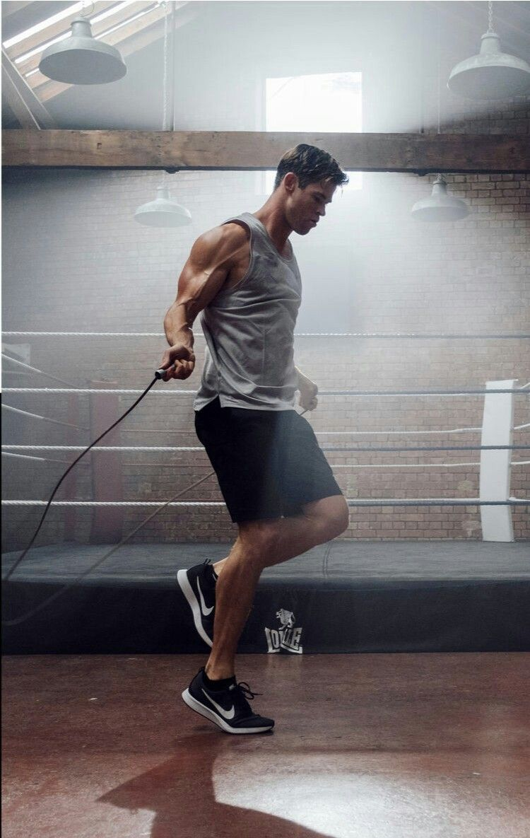 Chris and a jumping rope Chris hemsworth workout, Chris