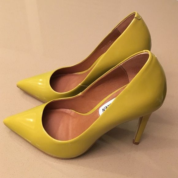 Yellowish Green Steve Madden Pumps These are patent leather yellowish green Steve Madden pumps worn only once. They were too small so I ordered the next size. Heel height is 4 inches. Steve Madden Shoes Heels