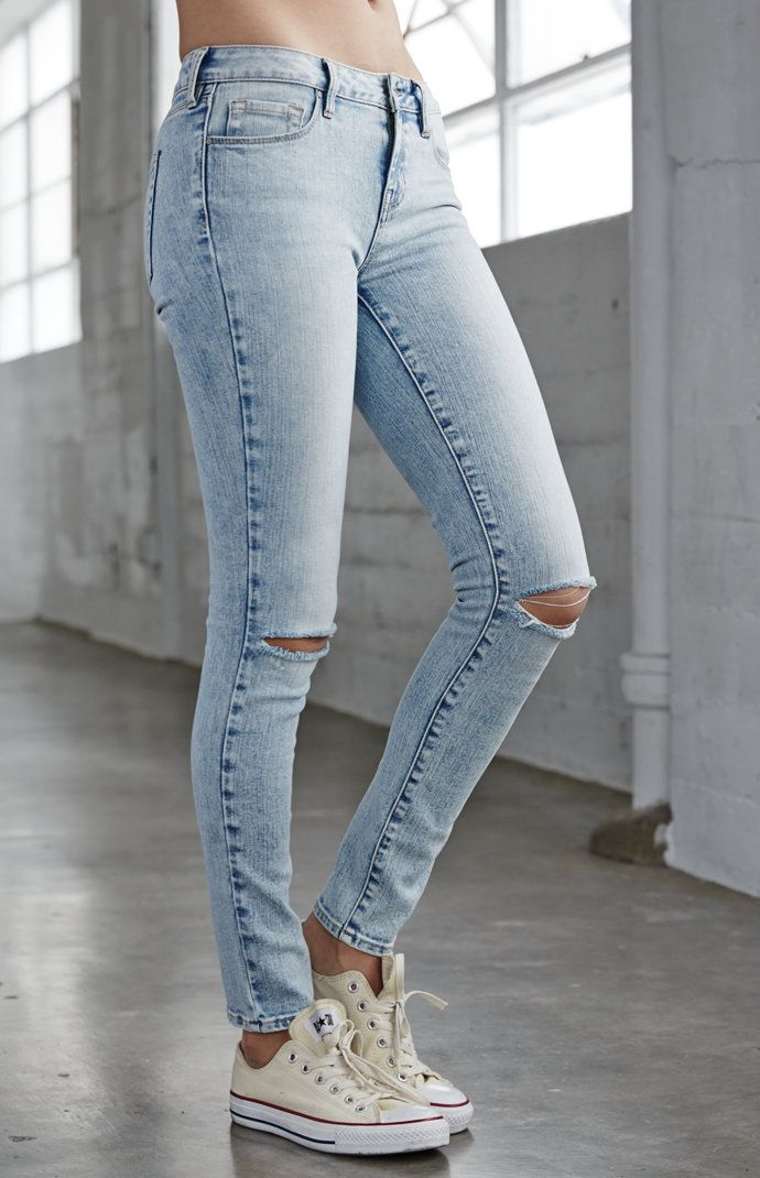 d4929bdf8c1b Coral Reef Ripped Mid Rise Skinny Jeans