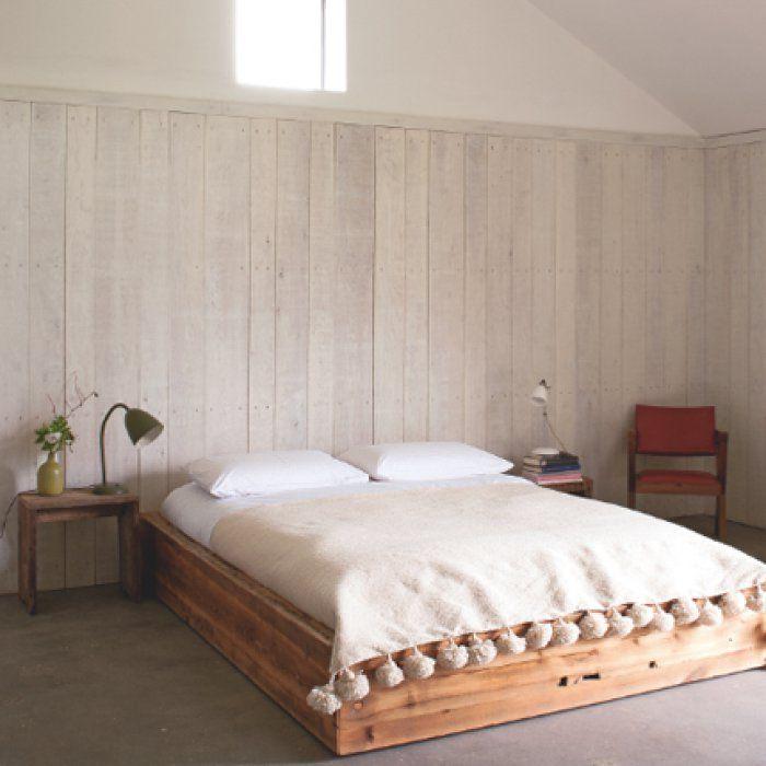 Lambris : l\'atout charme de votre chambre | Lambris, Charmant et ...