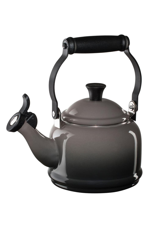 Le Creuset Demi Tea Kettle (With images) Le creuset
