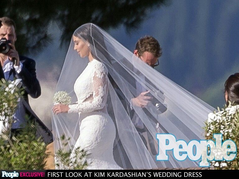 Kim Kardashian wedding dress!!!!!