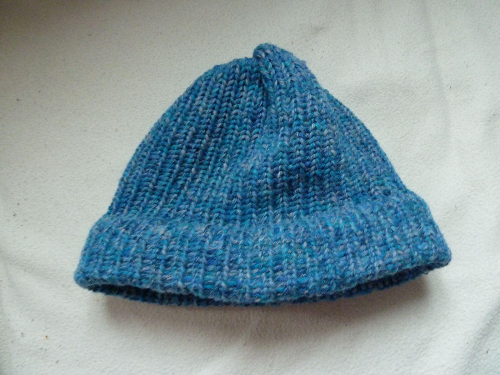 Bonnet au tricotin circulaire