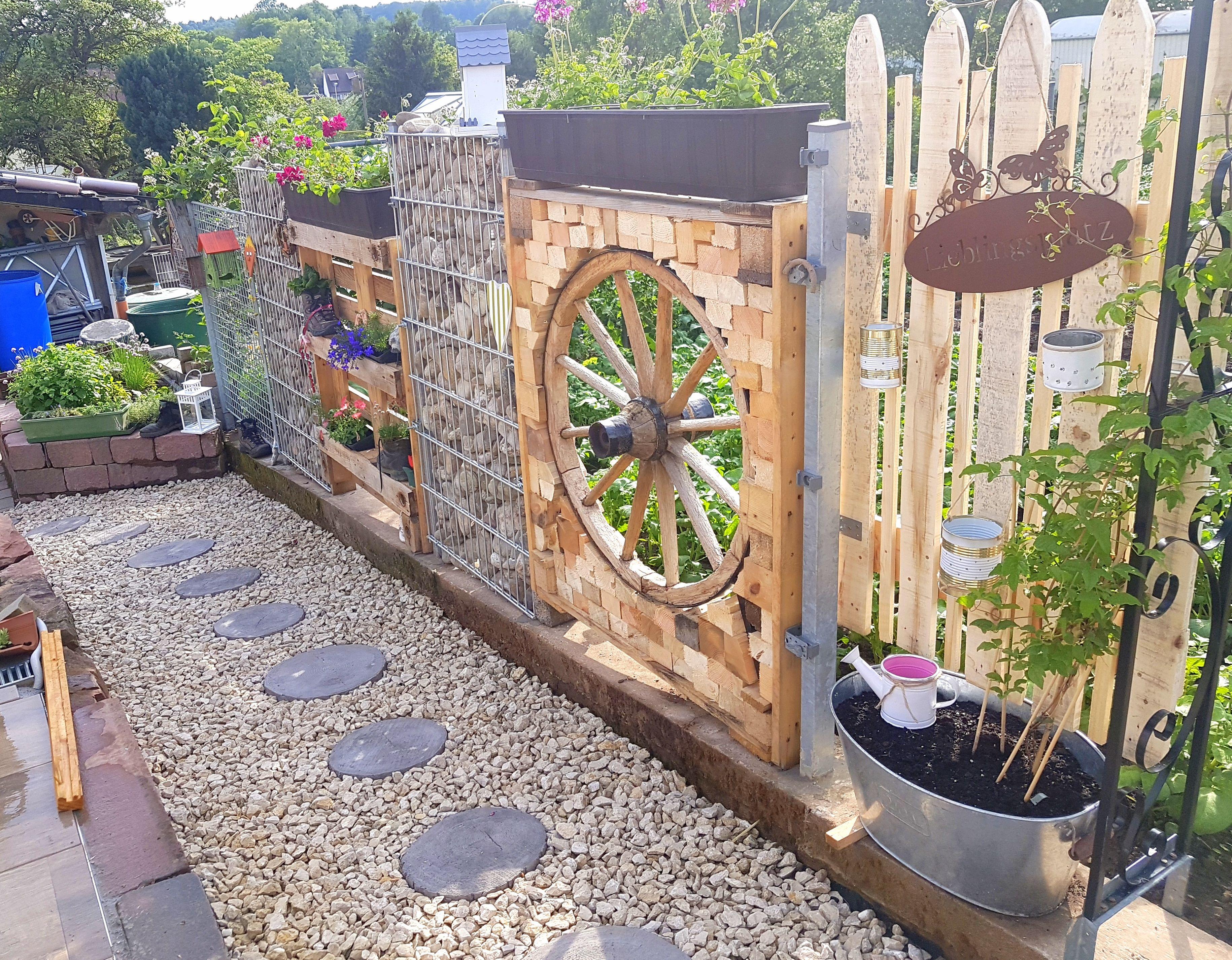 Diy Garten Sichtschutz Holz Palette Steine Zaun