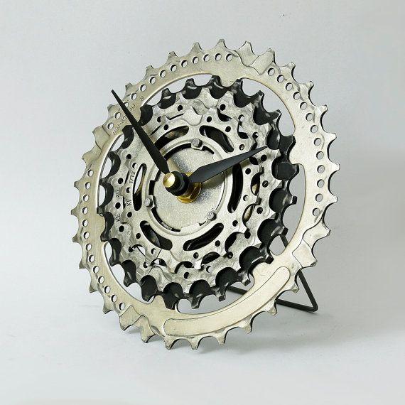 How Bicycles Work Bicycle Bike Bike Life