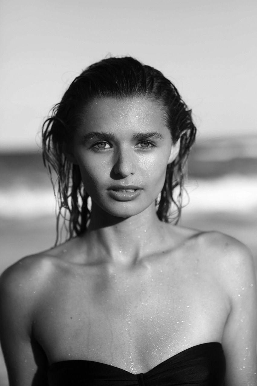 Jana Kruger Nude Photos 73