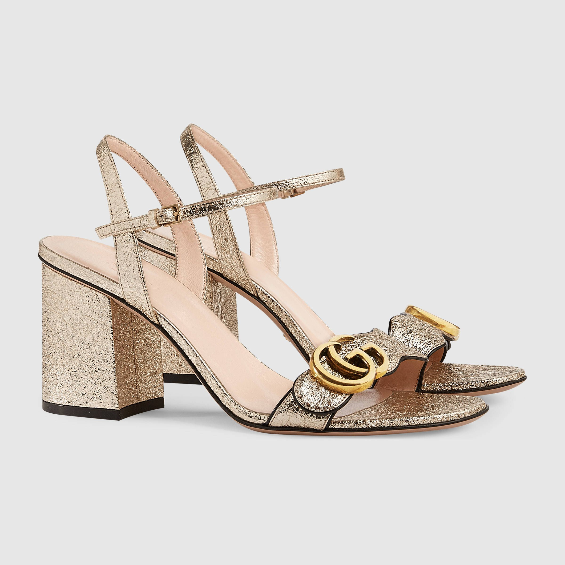 c6cf6a21e164 Gucci Metallic laminate leather mid-heel sandal Detail 2