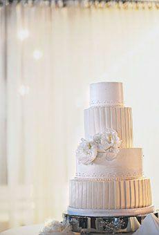 Brides: Michelle U0026 Chris In Grand Rapids, MI : Wedding Cakes Gallery
